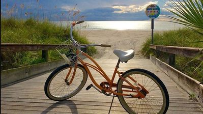 Photo for Beautiful Pass-A-Grille Beach House-Includes Bikes, wifi & steps to beach!