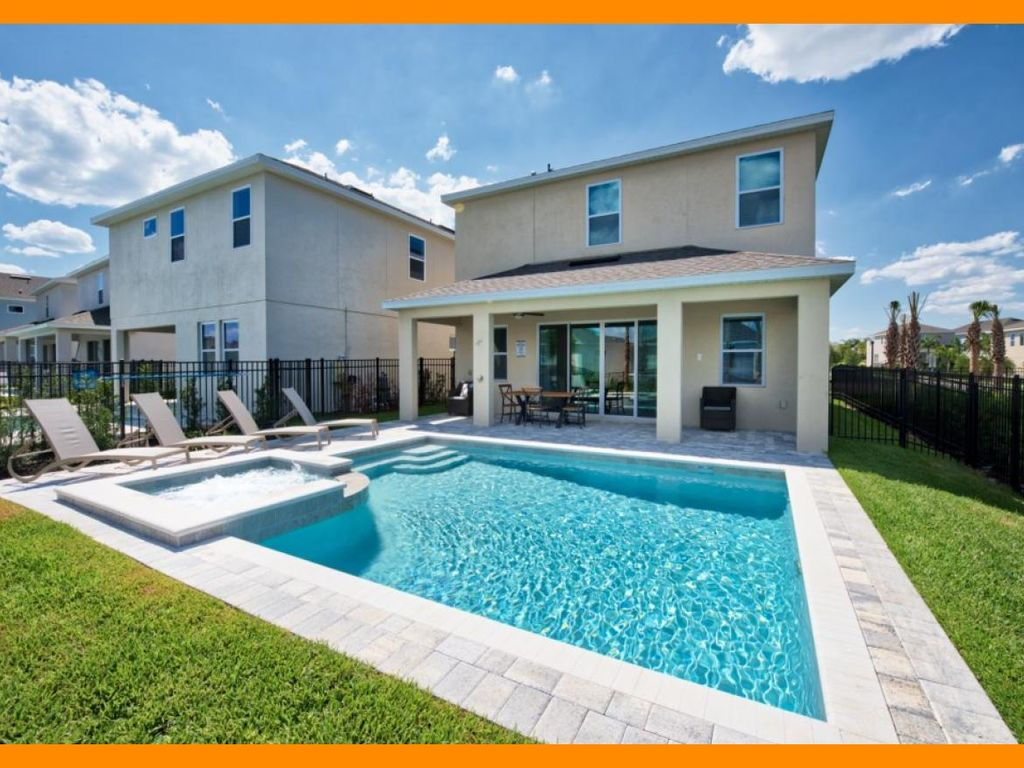 Encore Resort 461 - Modern villa with private pool & game room near Disney