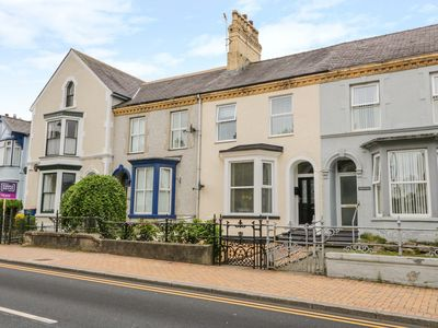 Photo for 6 Caradog Villas, LLANGEFNI