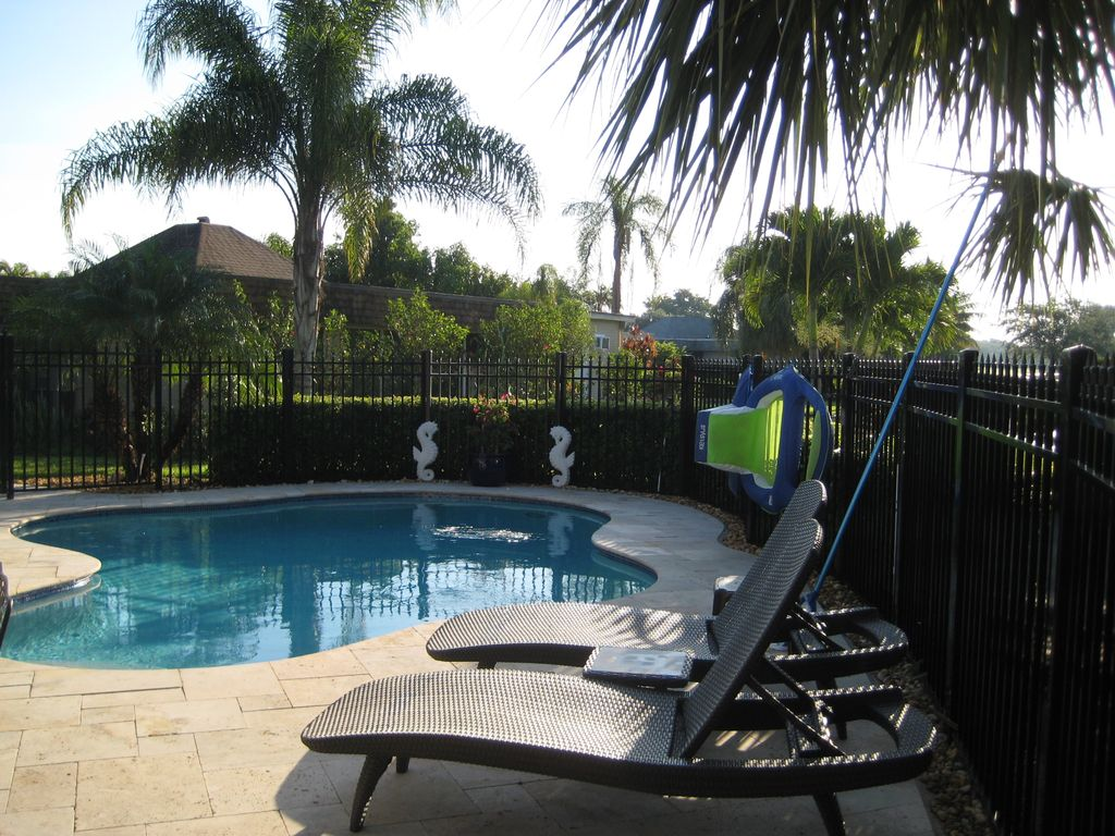 large 3 bedroom unique house with private homeaway tamarac