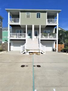 Photo for RELAXING GET AWAY! LOVELY HOME 2 BLOCKS FROM BEACH, PET FRIENDLY-see description