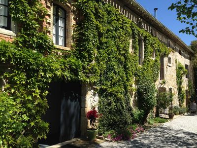 Photo for Le Grenier: Family cottage on quiet estate near Carcassonne