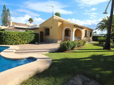 Photo for Magnificent holiday home with 3 bedrooms 50meters to the beach in Els Poble
