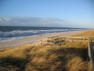 Photo for Quiet 3-room-apartment, 5 min. to beach South Sylt