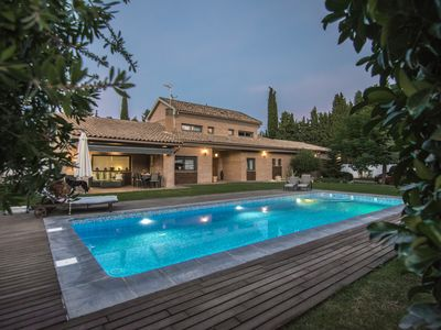 Photo for Luxury villa with pool in Granada