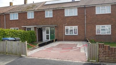 Photo for Holiday home with golf nearby in Deal