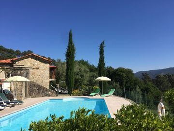 Renovated Farmhouse in Idyllic Rural Setting. Pool, magnificent views.