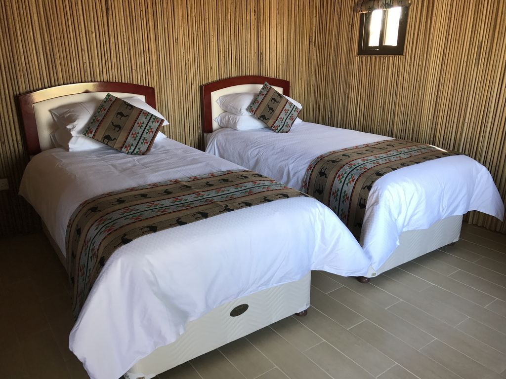 Oman getaway: Neem eco-cabin, close desert, mountains, forts and villages Photo 1