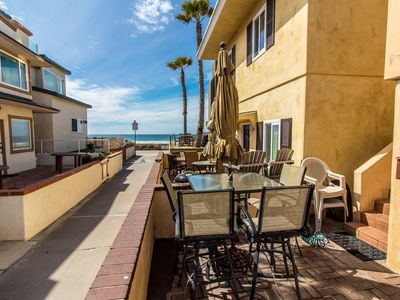 ~Your Own Cozy, Coastal Venice - Beach View And Perfect Location!~