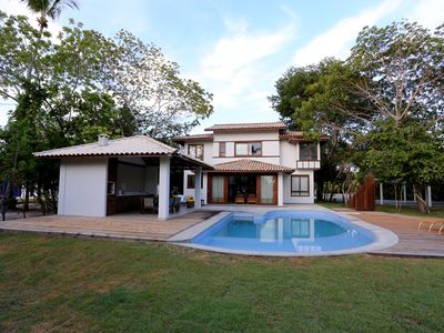 Photo for Luxury home with pool and large green outdoor area in Costa do Sauipe