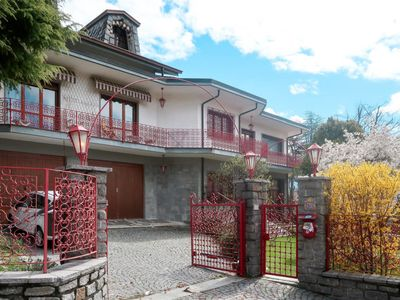 Photo for Vacation home Casa Capard (AOV100) in Saint-Vincent - 11 persons, 6 bedrooms