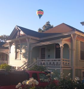 Napa's Finest Romantic Get-away... Up, up & Away!