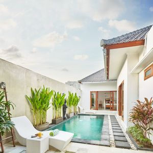 Photo for 20mins walk to Seminyak Beach, 2BR Villa