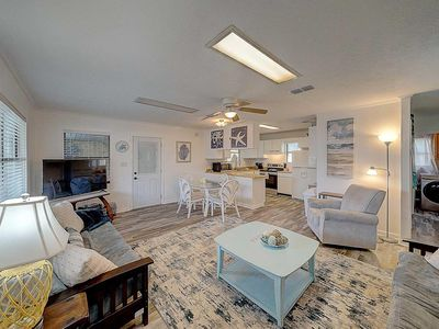 Photo for Newly Listed! Pet Friendly, Bid-A-Wee Home