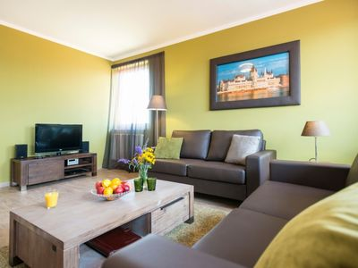 Photo for Luxury 4-person terrace apartment in the holiday park Landal Residence Duna - in the mountains/rolling countryside