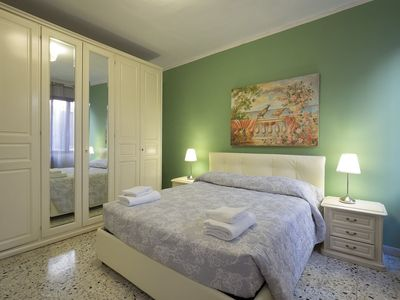 Photo for APARTMENT IN CANNAREGIO - WASHING MACHINE, DISHWASHER, OVEN, WIFI