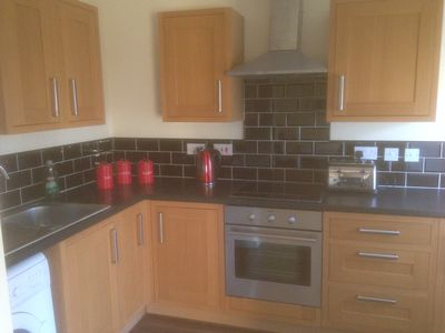 Photo for Spacious 2 bedroom apartment with en-suite to Master, open plan kitchen/diner