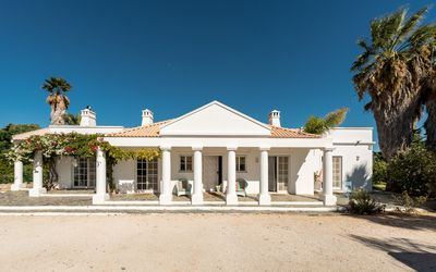 Photo for Fabulous Villa inserted in a property of 4000m2