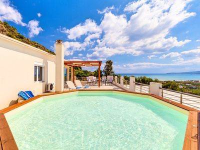 Photo for Casa Di Creta with Private Pool & Sea View