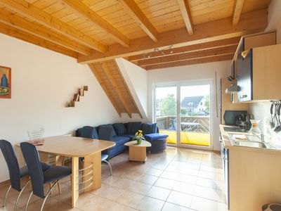 Photo for Large 3-room apartment with terrace on the Wohlenberger Wieck