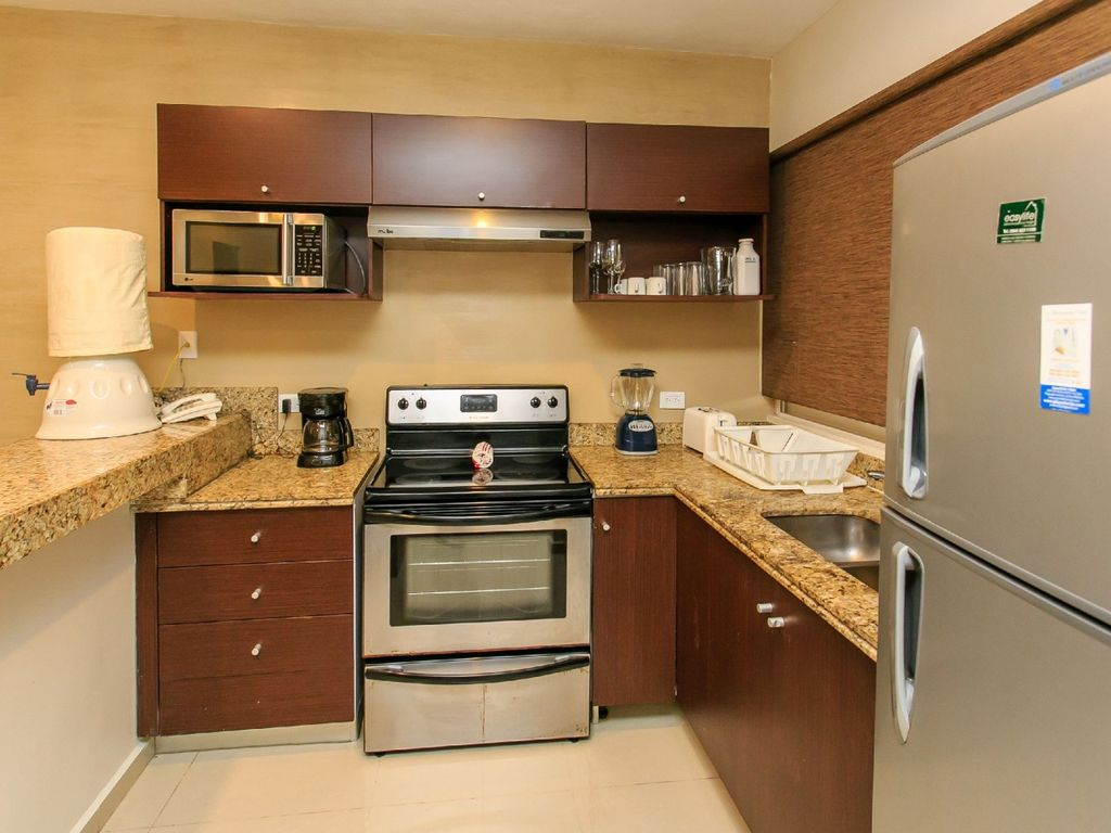 LARGE & SO COMFORTABLE APARTMENT IDEAL FOR FAMILIES, only 1 block from 5th av