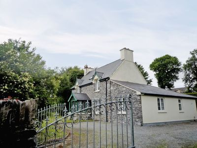 Photo for 3 bedroom property in Kenmare. Pet friendly.