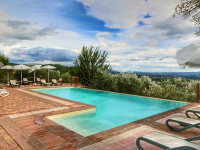 Photo for Charming country house between the hills, swimming pool with jacuzzi