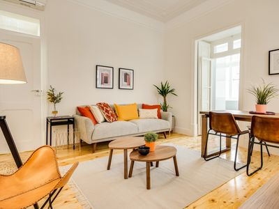 Photo for Beautiful 2Bed 2Bath w/Patio in the Heart of Lisbon