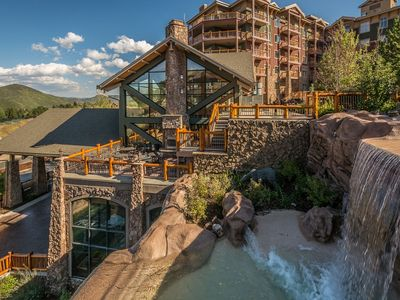 Photo for 1 Br Luxury Penthouse Suite Steps From Canyons Gondola Sleeps 4 Mountain Views!!