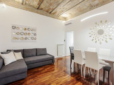 Photo for Amazing 2 bed flat near Trevi fountain