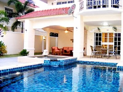 Photo for Spacious Villa with Private Pool / Large Outside Area Walking Street 10 Min Away