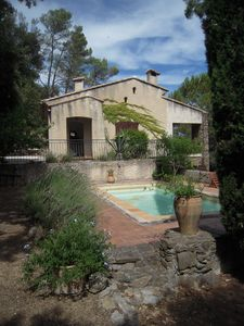 Photo for Country house 150 m2, 7,000m2 of wooded terraces, near Provençal village