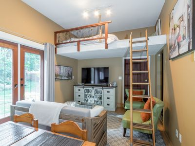 Photo for Centrally Located Charming and Cozy Suite