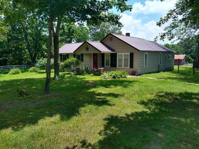 Photo for Serenity Farm, tranquil setting. close to Beaver Lake & Local Attractions