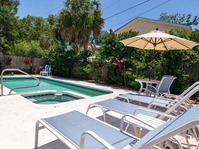 Bman Beach Cottage Pet Friendly- Spacious 2 Bedroom Private Pool/Spa Home