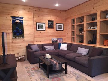 Secluded Mt. Rainier Cabin - Wifi - Wood Stove - Firepit - Great for couples!