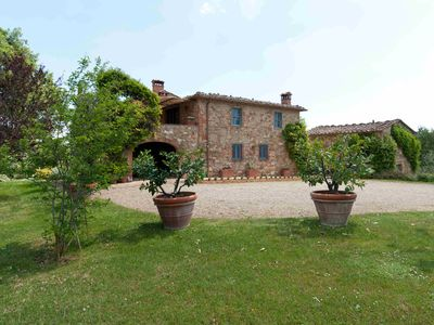 Photo for Lovely 5 bedroom Villa in Lucignano (Q8107)