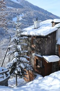 Photo for 4-bedroom chalet, all doubles and en-suite, 10 minutes drive from 3 resortsrt