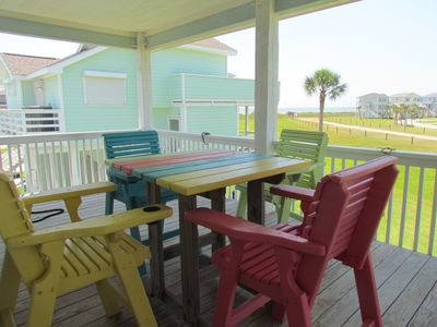 Beautiful beach view and sunsets! Pointe San Luis Retreat on Beach side of Hwy!