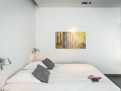 Photo for Ground floor studio in a green oasis within easy reach of the center of Ghent
