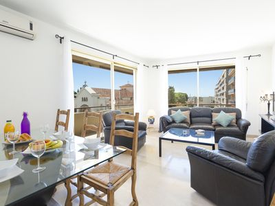 Photo for Beautiful one bedroom flat located in Cannes 5 mn walk to the Croisette