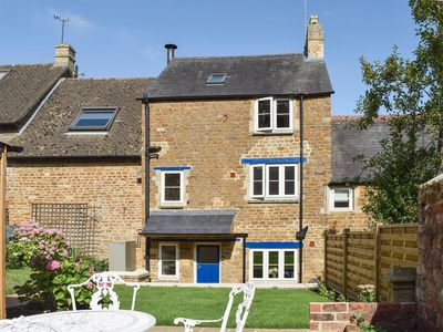 Photo for 2BR Cottage Vacation Rental in Chipping Norton, Oxfordshire