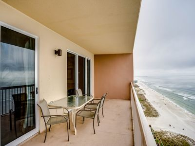 Photo for Bright, 19th-floor condo w/ Gulf front views, shared pools, & a fitness room