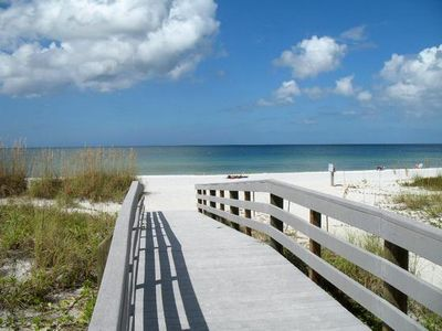 Minutes to Trip Advisors No.1 ranked beach in Florida..St. Petes Beach!