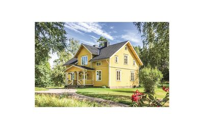 Photo for 4 bedroom accommodation in Mullsjö