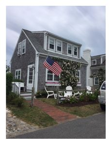 Photo for Brant Point Cottage close to Harbor Beaches and Historic Town. Peak Sat. to Sat.