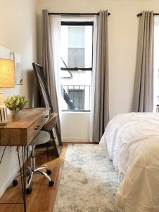 Photo for 1BR Apartment Vacation Rental in Manhattan, New York