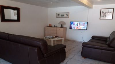 Photo for Air conditioned apartment 5 minutes walk from the beach of Six Fours,