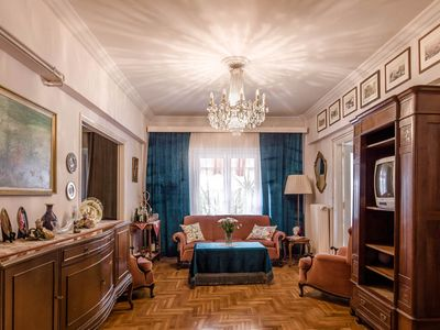 Photo for Family central 2BDR 110m² apt near all the major sites 3 min from the metro