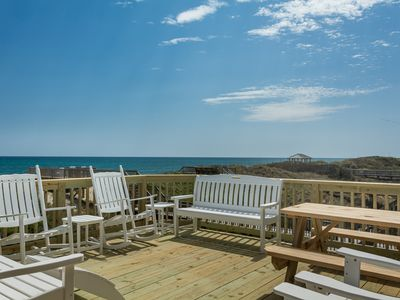 Photo for Ballahack Cottage: Enjoy ocean breezes in this oceanfront home featuring a private game room.